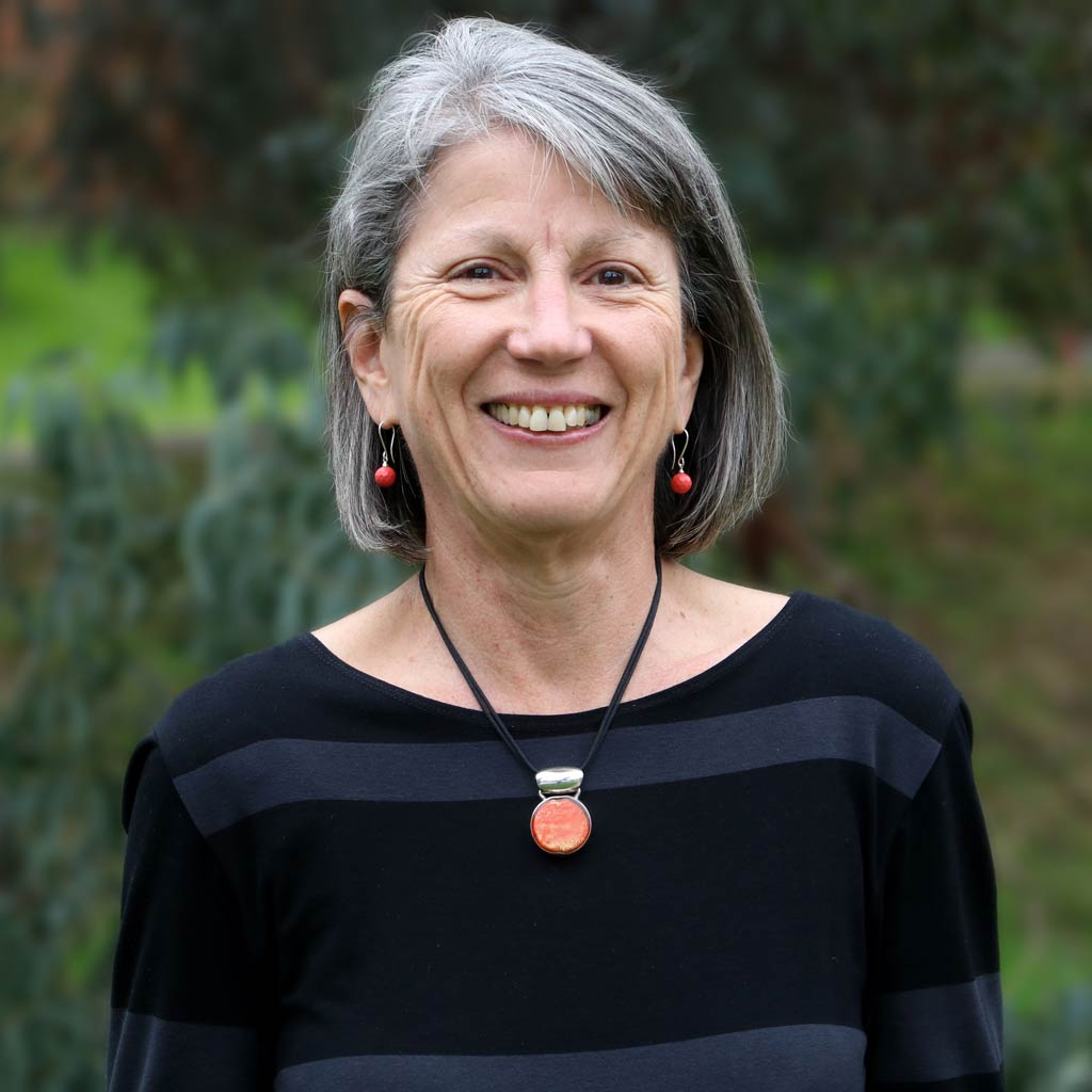 Dr Pauline Martin